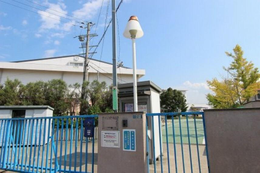小学校 【小学校】泉佐野市立中央小学校まで1040m