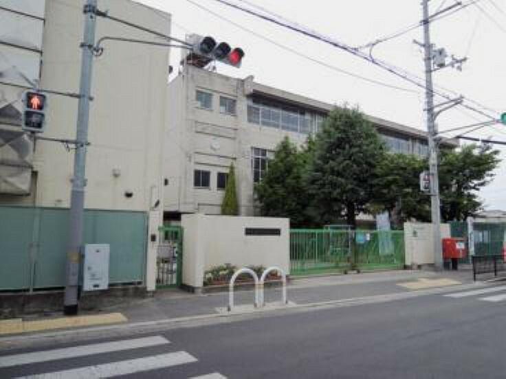 小学校 【小学校】堺市立登美丘西小学校まで208m