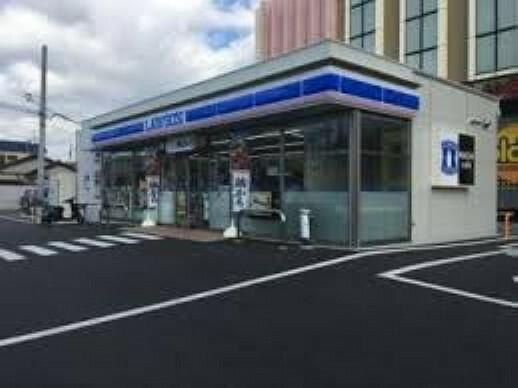 コンビニ 【コンビニエンスストア】ローソン 堺大野芝店まで1022m