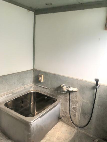 浴室 現地を実際に見ながらスタッフがおすすめのリフォームをご提案いたします。