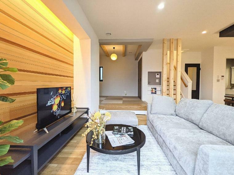 居間・リビング 施工例■使い勝手のいい設備に、考えぬかれた動線と適材収納で家族みんなが暮らしやすいお家になっています。