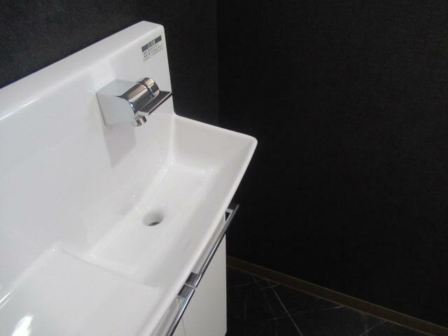 トイレ トイレの手洗いもおしゃれです