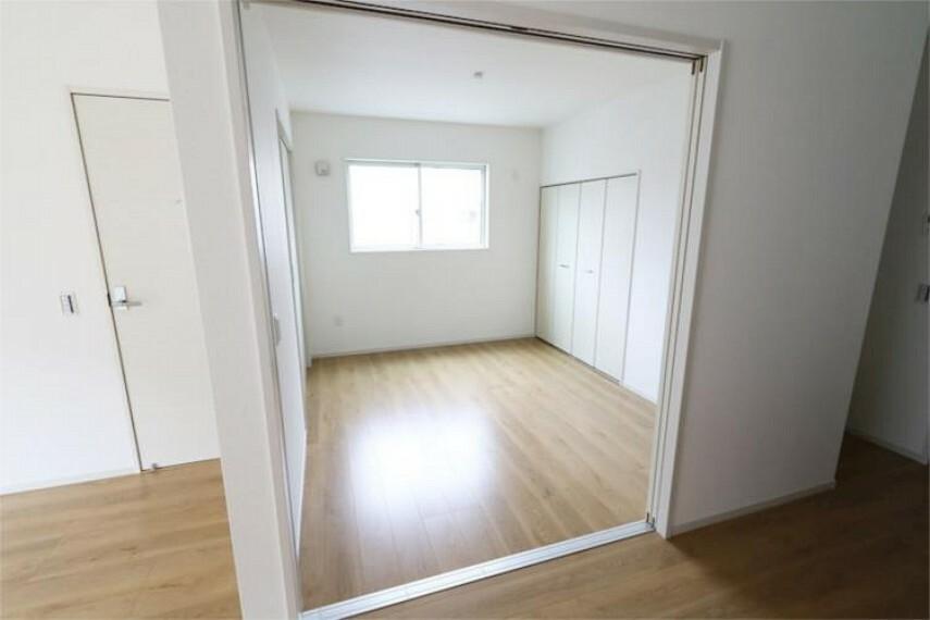 1階5.2帖洋室