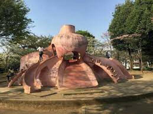 公園 田無市民公園(タコ公園)まで456mです。