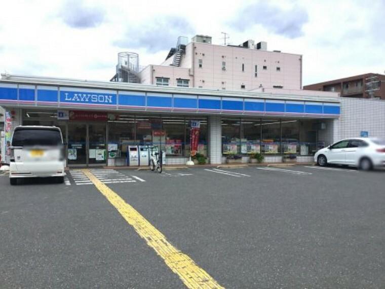 コンビニ 【コンビニエンスストア】ローソン 箕面稲店まで551m