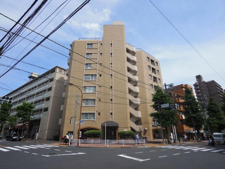 外観写真 ビッグターミナルの「新宿」駅へダイレクトアクセス可能です