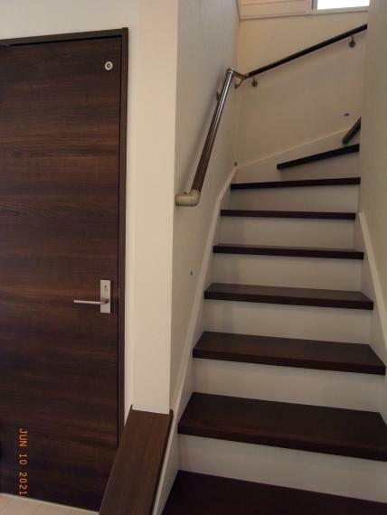 1階ホール/階段 室内(2021年6月)撮影