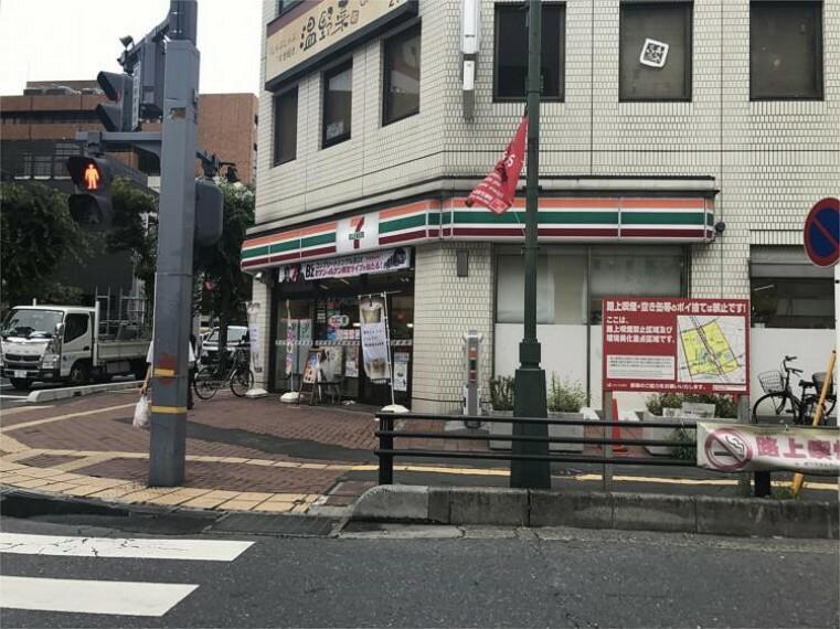 コンビニ セブンイレブン 浦和駅西口店
