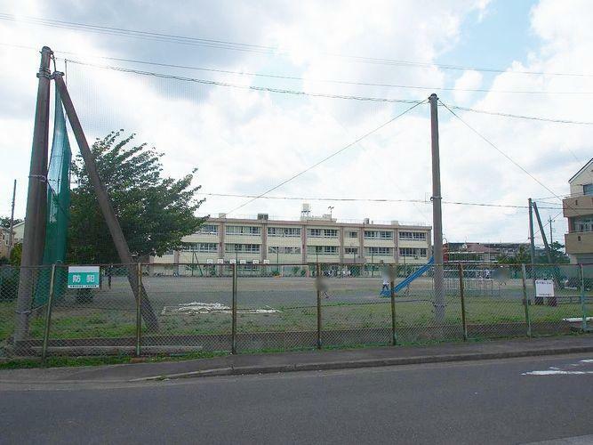 小学校 川崎市立下布田小学校 徒歩7分。