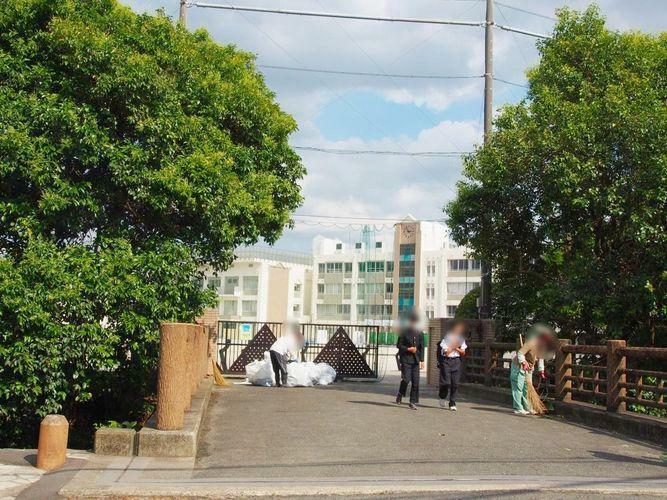 中学校 川崎市立中野島中学校 徒歩11分。