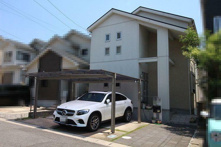 外観写真 駐車3台可能の戸建です