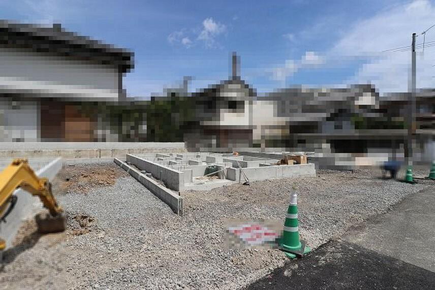 現況外観写真 2号地 2021.7月:基礎工事中