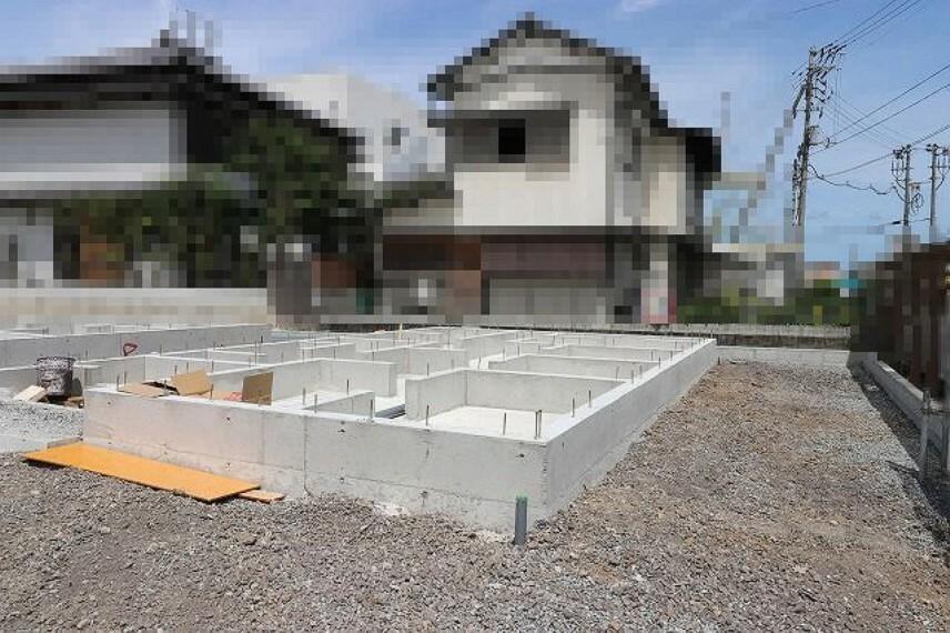 現況外観写真 3号地 2021.7月:基礎工事中