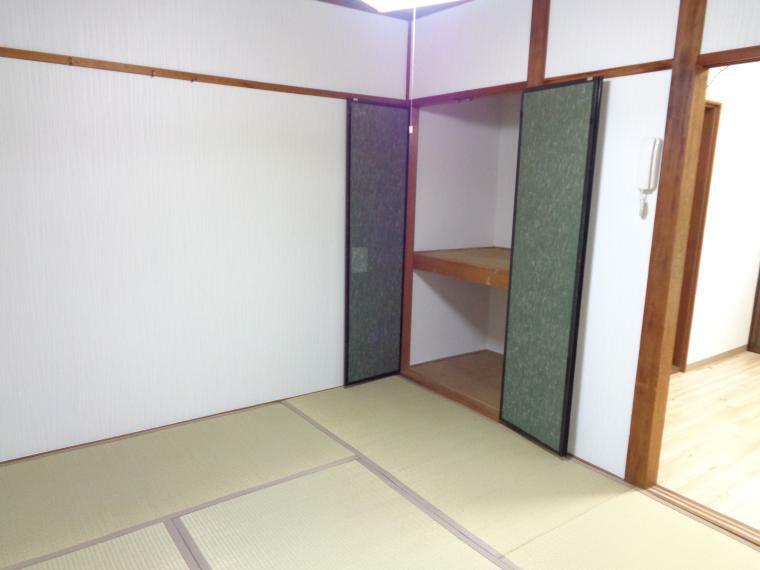 収納 1階和室収納