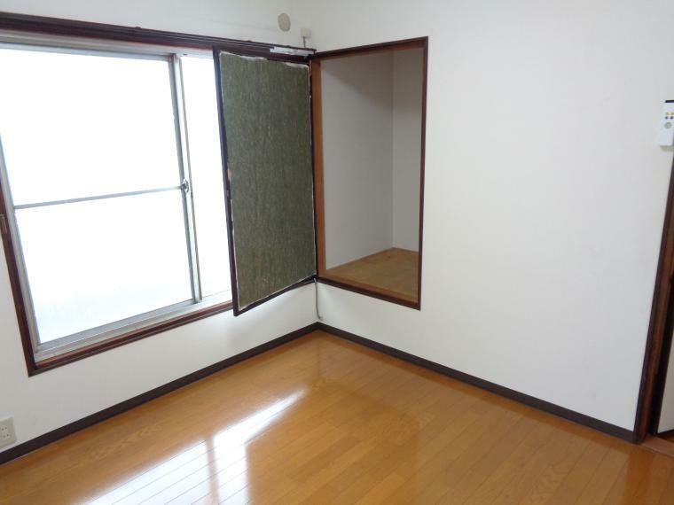 洋室 2階洋室収納