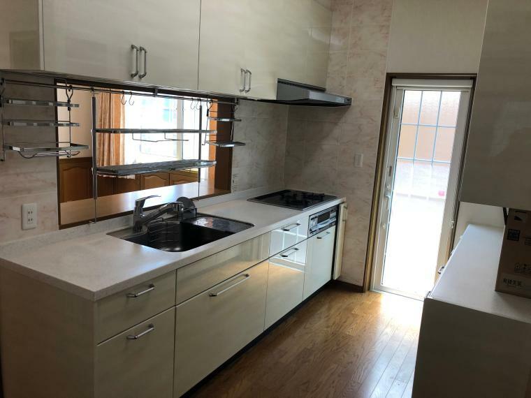 キッチン 1階キッチン