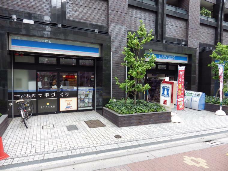 コンビニ ●ローソン小石川一丁目店