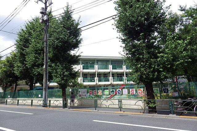 幼稚園・保育園 ●柳町こどもの森