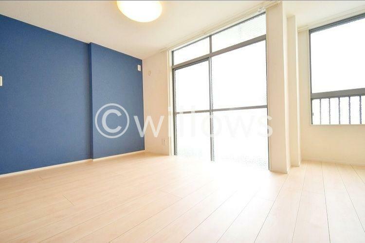 居間・リビング LDK合わせて9.7畳、開放感のあるリビングです。