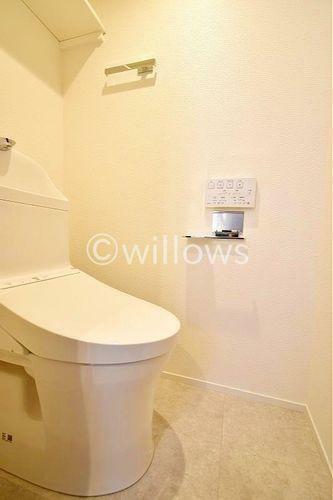 トイレ 新規交換済みのトイレ、清潔感があります。