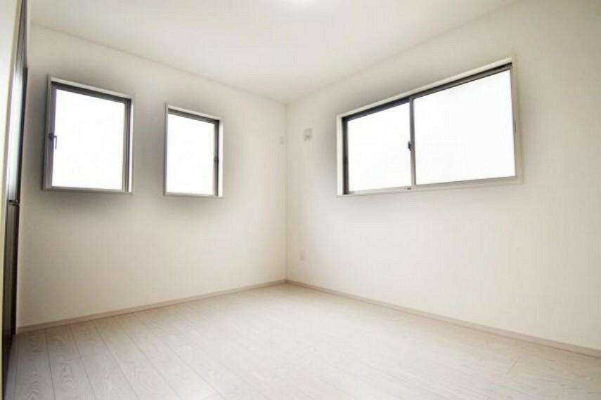 全室2面採光でいつでもお部屋中が明るい
