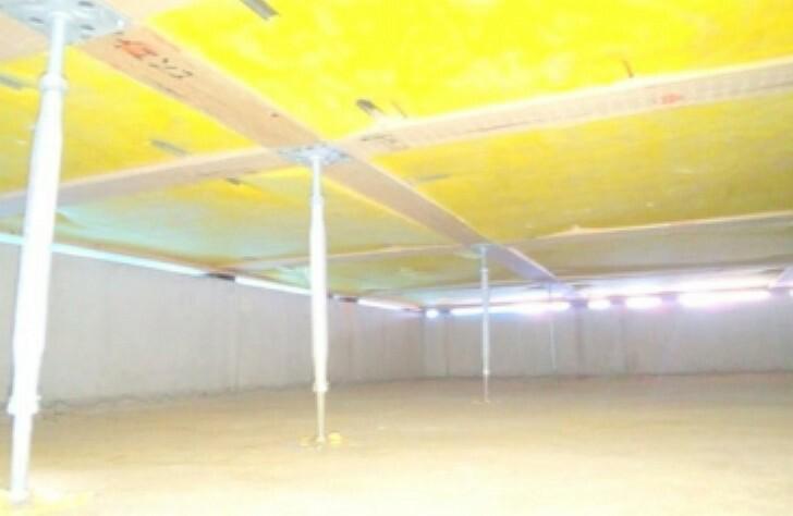 構造・工法・仕様 建物の床を支える床束と呼ばれる支持材に、サビやシロアリを寄せ付けない鋼製の床束を採用。 従来品に比べ信頼性が高く、頑丈な構造を支えます。長期間の使用でも痩せず、腐らず、メンテナンス性にも優れた素材です