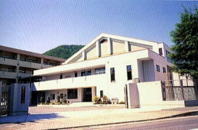 小学校 呉市立仁方小学校