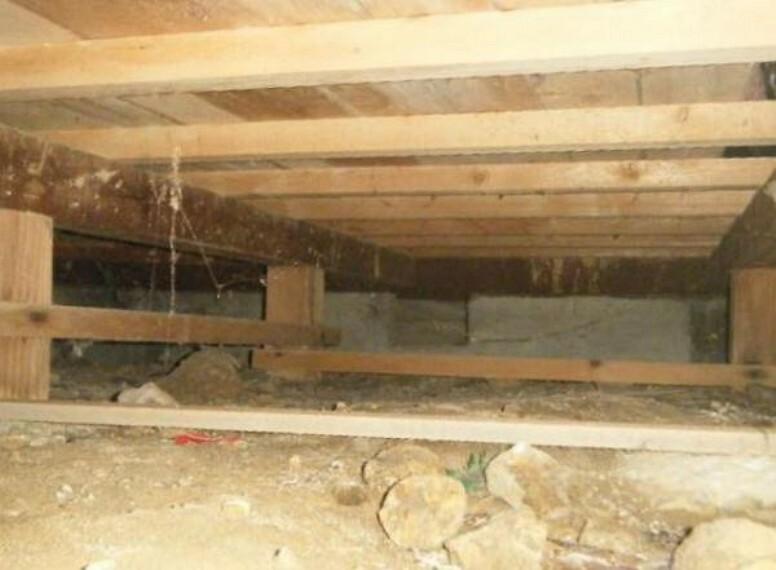 構造・工法・仕様 【リフォーム中】床下も小屋裏も点検を行っております。見えないところまでしっかり工事を行います。