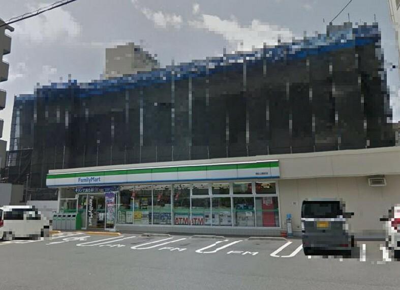 コンビニ 【コンビニエンスストア】ファミリーマート 高知土居町店まで484m