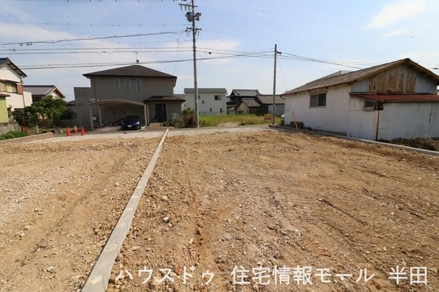 外観・現況 ファミリーマート武豊冨貴駅東店まで徒歩10分(約800m)  2021年6月8日撮影