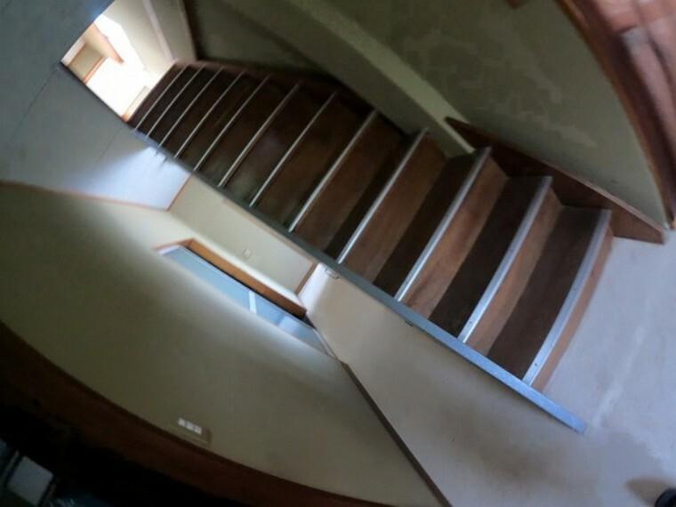 専用部・室内写真 階段