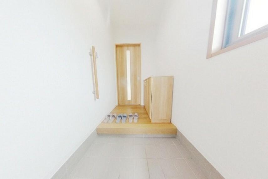 玄関 2階