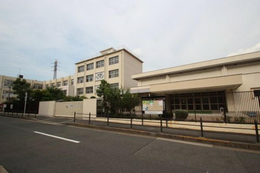 小学校 【小学校】鶴見小学校まで540m