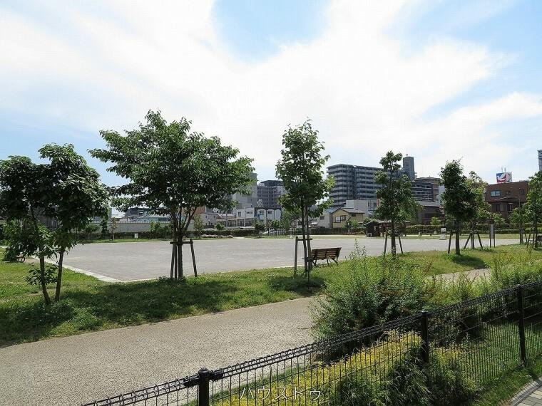 公園 草加中央防災広場