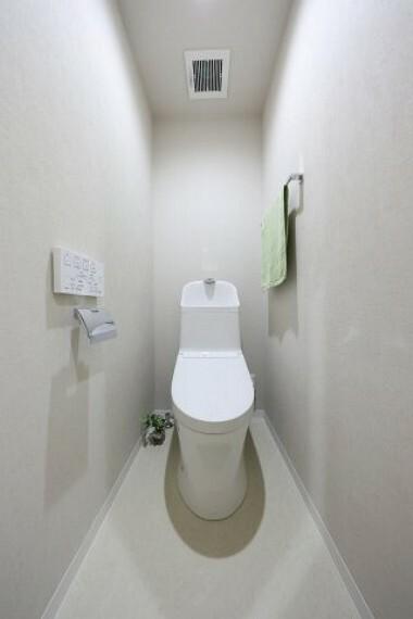 トイレ トイレ新規交換 温水洗浄便座