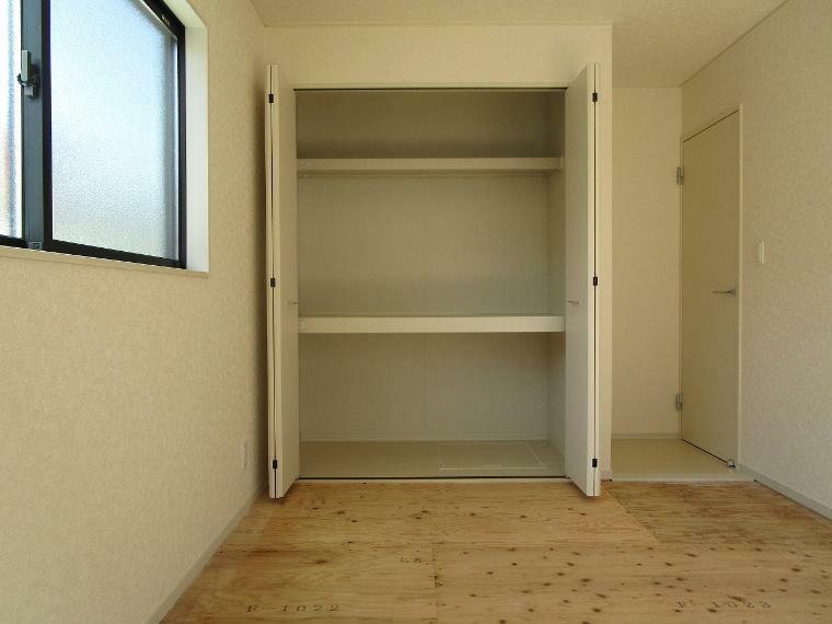 収納 【1号棟】洋風和室6.5帖(畳敷)クローゼット