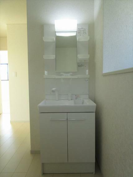 洗面化粧台 【1号棟】2階洗面台