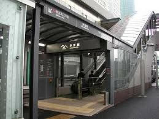 汐留駅(ゆりかもめ臨海線) 徒歩7分。