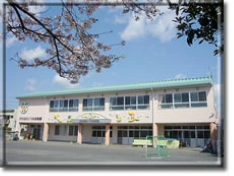 幼稚園・保育園 【幼稚園】かわはらいづみ幼稚園まで1074m