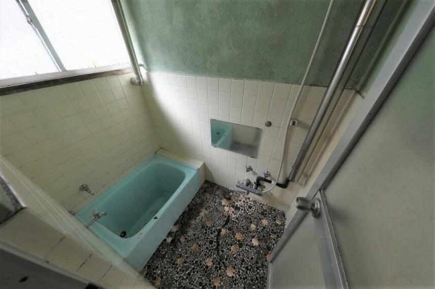 浴室 レトロなお風呂