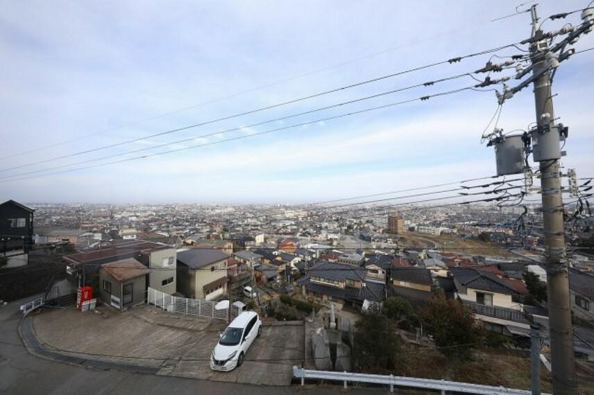 眺望 金沢市が一望できます 夜景もきれいですよ
