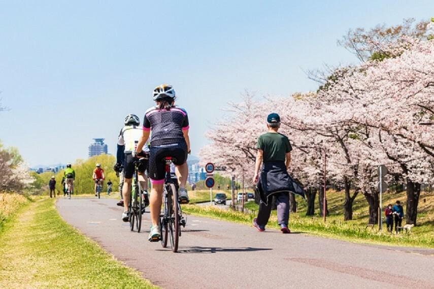 多摩川(徒歩6分) ランニングやサイクリングに最適。身近なアウトドア環境