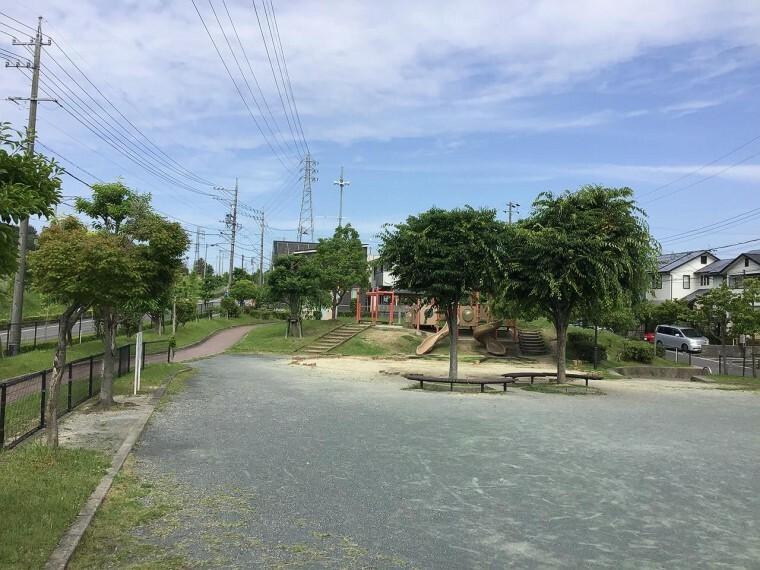 大沢公園まで約160m(徒歩約2分)