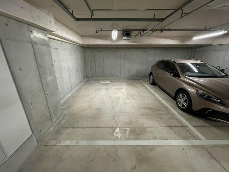 敷地内駐車場 分譲ガレージ