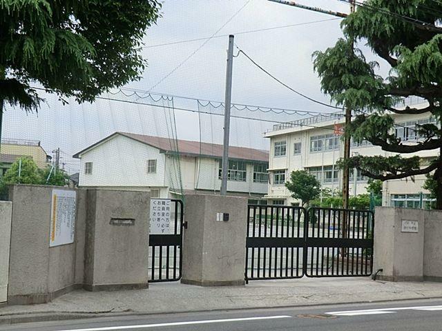 小学校 川崎市立古川小学校 徒歩7分。教育施設が近くに整った、子育て世帯も安心の住環境です。
