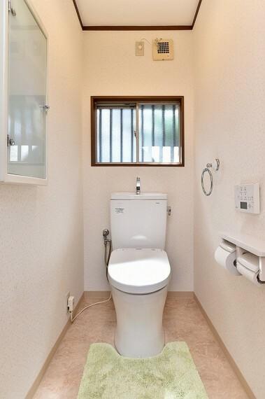 トイレ 2014年6月リフォーム済みのトイレです。