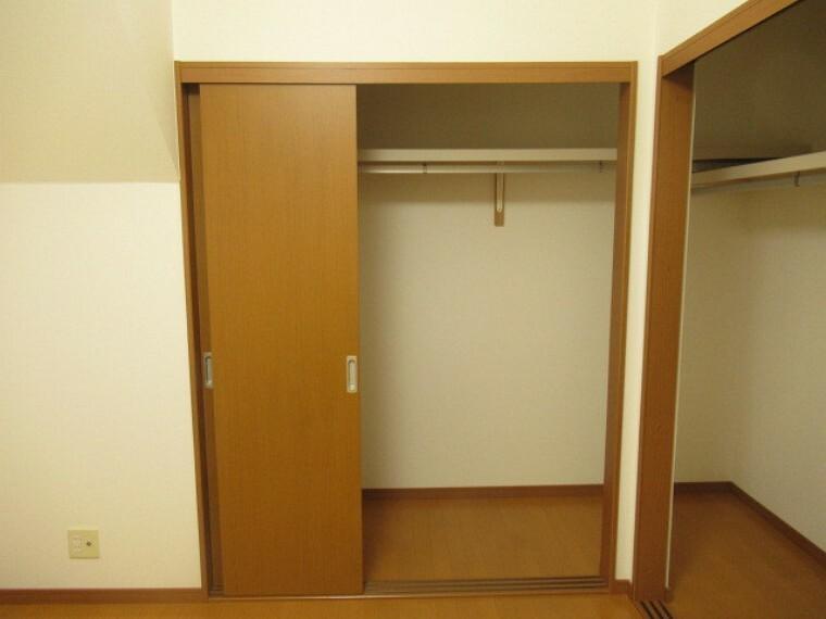 収納 収納スペースはたっぷりとご用意があるので、ご夫婦それぞれ分けてお使い頂けます。 (2021年6月20日 撮影)