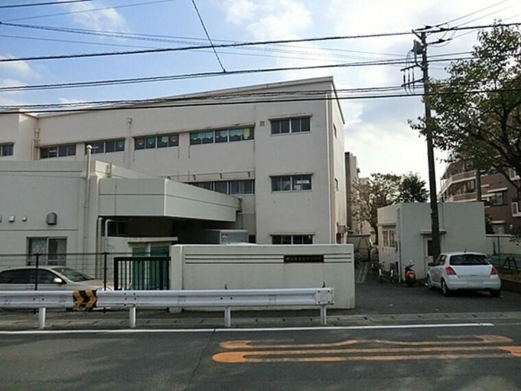 小学校 横浜市立境木小学校 学校教育目標:自分を高め、ともに生きる喜びを実感できる境木の子