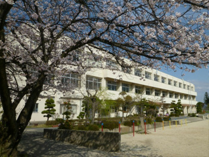 小学校 香芝市立三和小学校