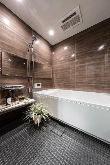 浴室 1616サイズのゆったりバスルーム